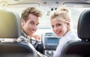 couple_in_car